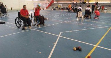 Cadeirantes de Vitória de Santo Antão conquistam prata e bronze em torneio regional de Bocha Paralímpica