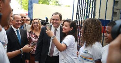 Pelo quarto ano seguido, Pernambuco tem a menor taxa de abandono escolar do país