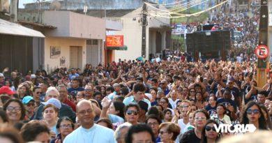 Caminhada da Família leva católicos às ruas de Vitória